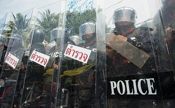 Thailand Sicherheit - Polizeisperre während der Demonstrationen